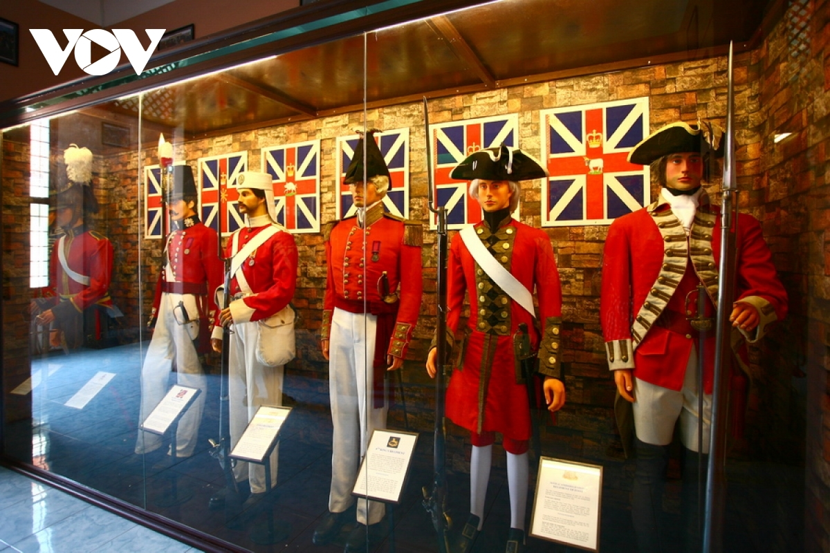 A view of the classic red coat uniform worn by the British military throughout the 19th century