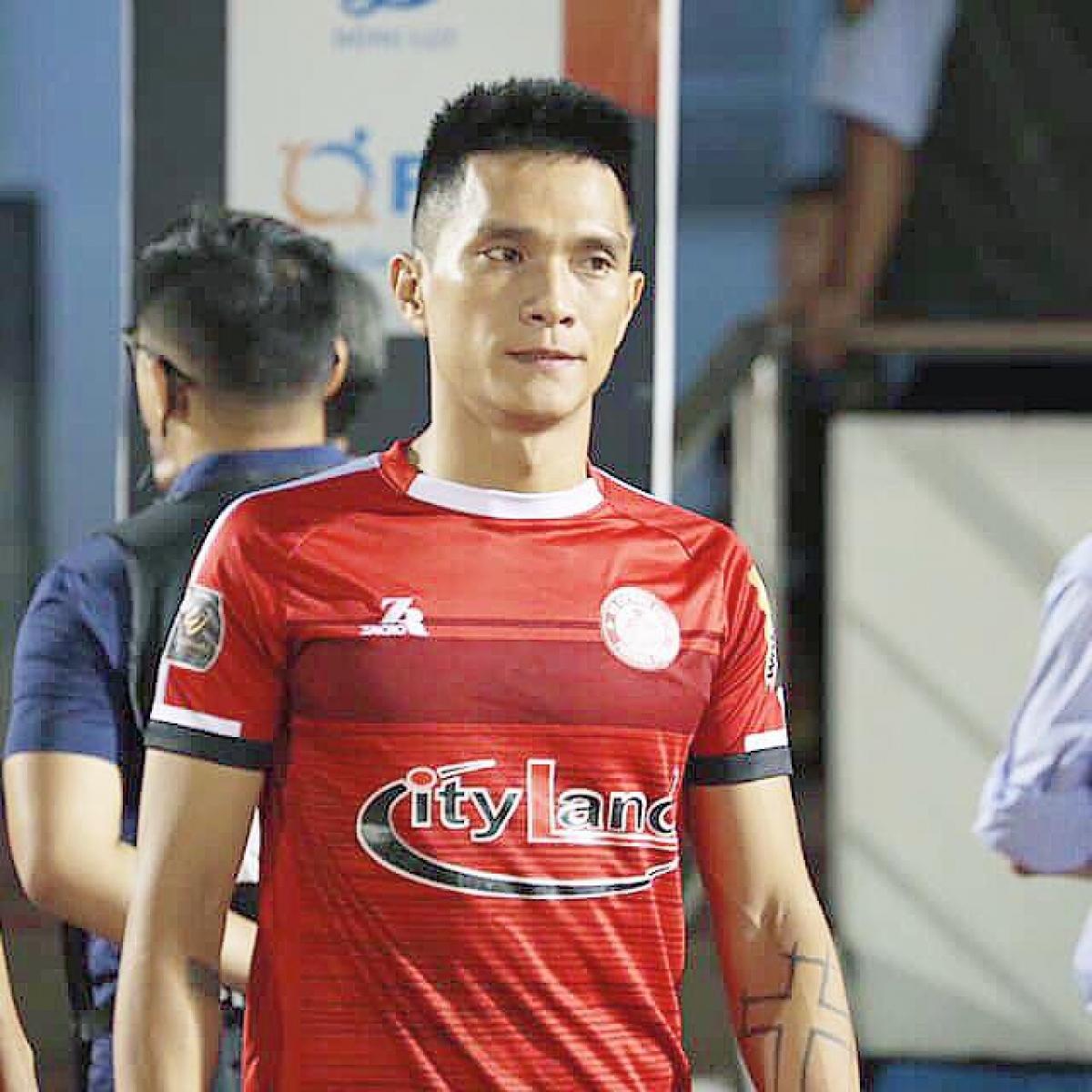 Tiền đạo: Lê Hoàng Thiên | HAGL: 2011-2016 | TPHCM: 2018-2019 (Ảnh: FBNV)