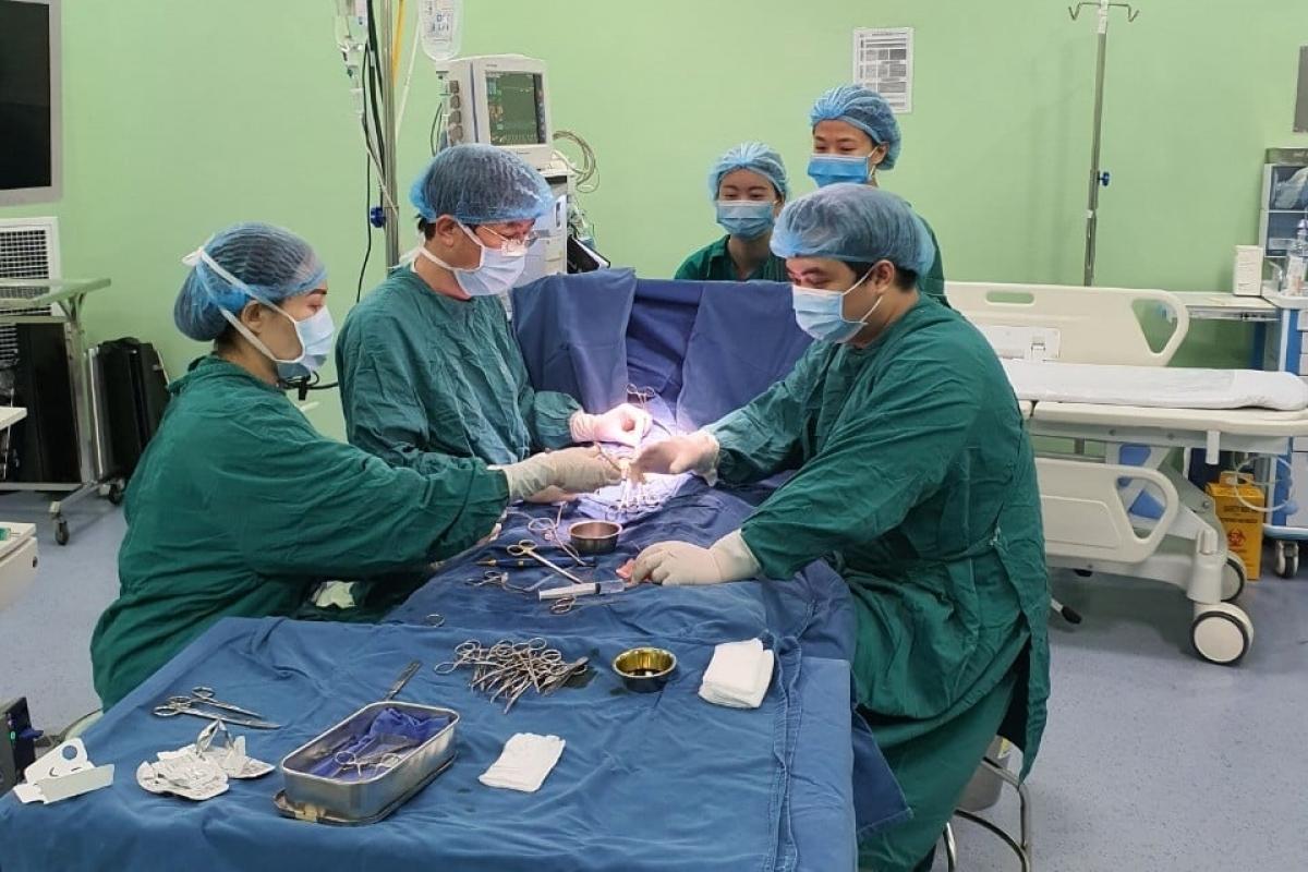Ca phẫu thuật của bệnh nhi M.T. (Ảnh do BV cung cấp)