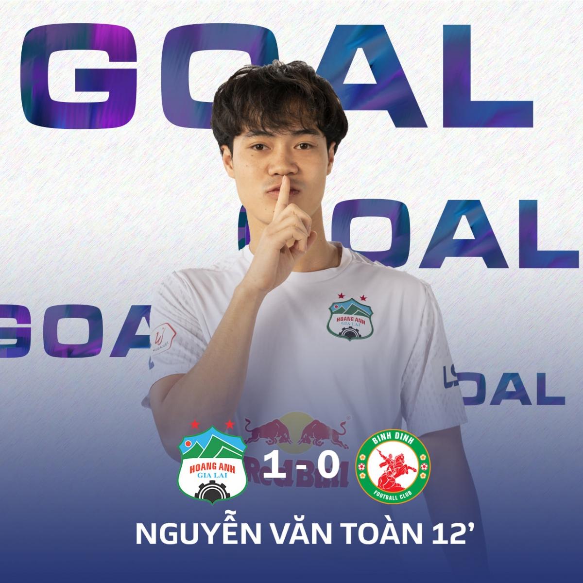 Bàn mở tỷ số của Văn Toàn là pha lập công thứ 2 của anh ở mùa giải năm nay. (Ảnh: HAGLFC).