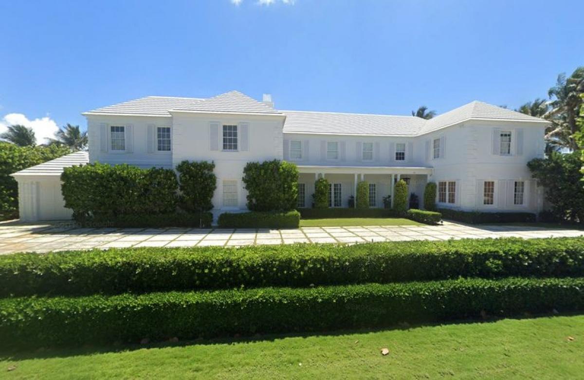 Dinh thự được rao bán tọa lạc tại 1125 S. Ocean Blvd gần khu nghỉ dưỡng Mar-A-Lago ởPalm Beach, Florida (Mỹ) - (Nguồn: Google Maps)