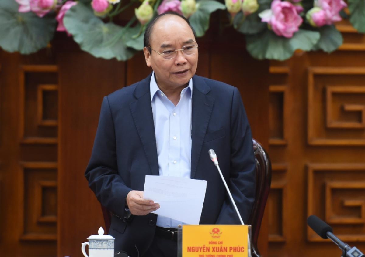 Thủ tướng Nguyễn Xuân Phúc chủ trì tại cuộc họp.