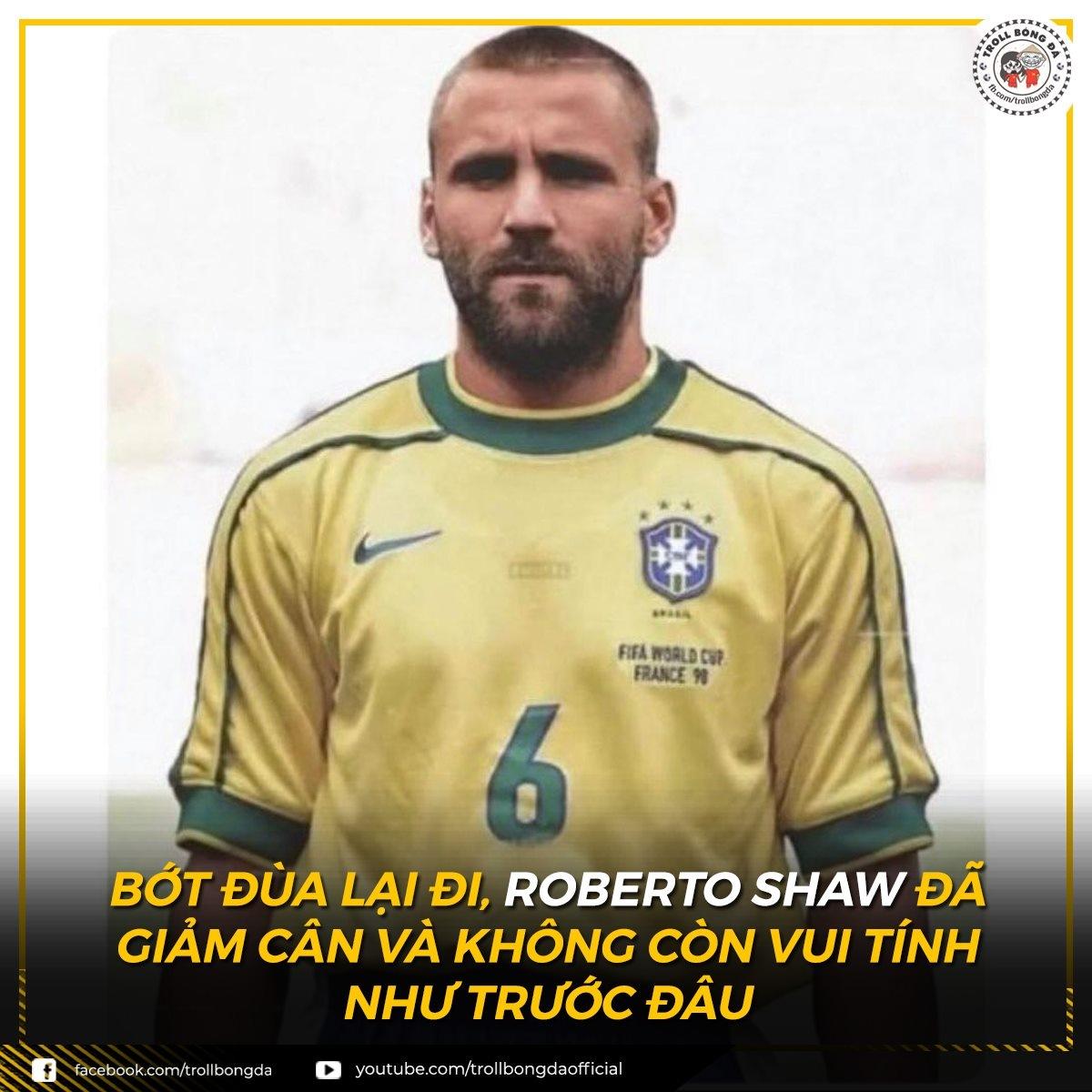 """Luke Shaw """"hóa"""" Roberto Carlos khiến tất cả phải dè chừng. (Ảnh: Troll bóng đá)."""