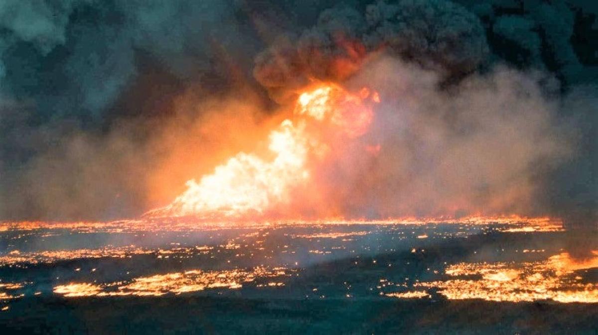 Các mỏ dầu cháy trong Chiến dịch Bão táp Sa mạc (1991); Nguồn: militarywatchmagazine.com