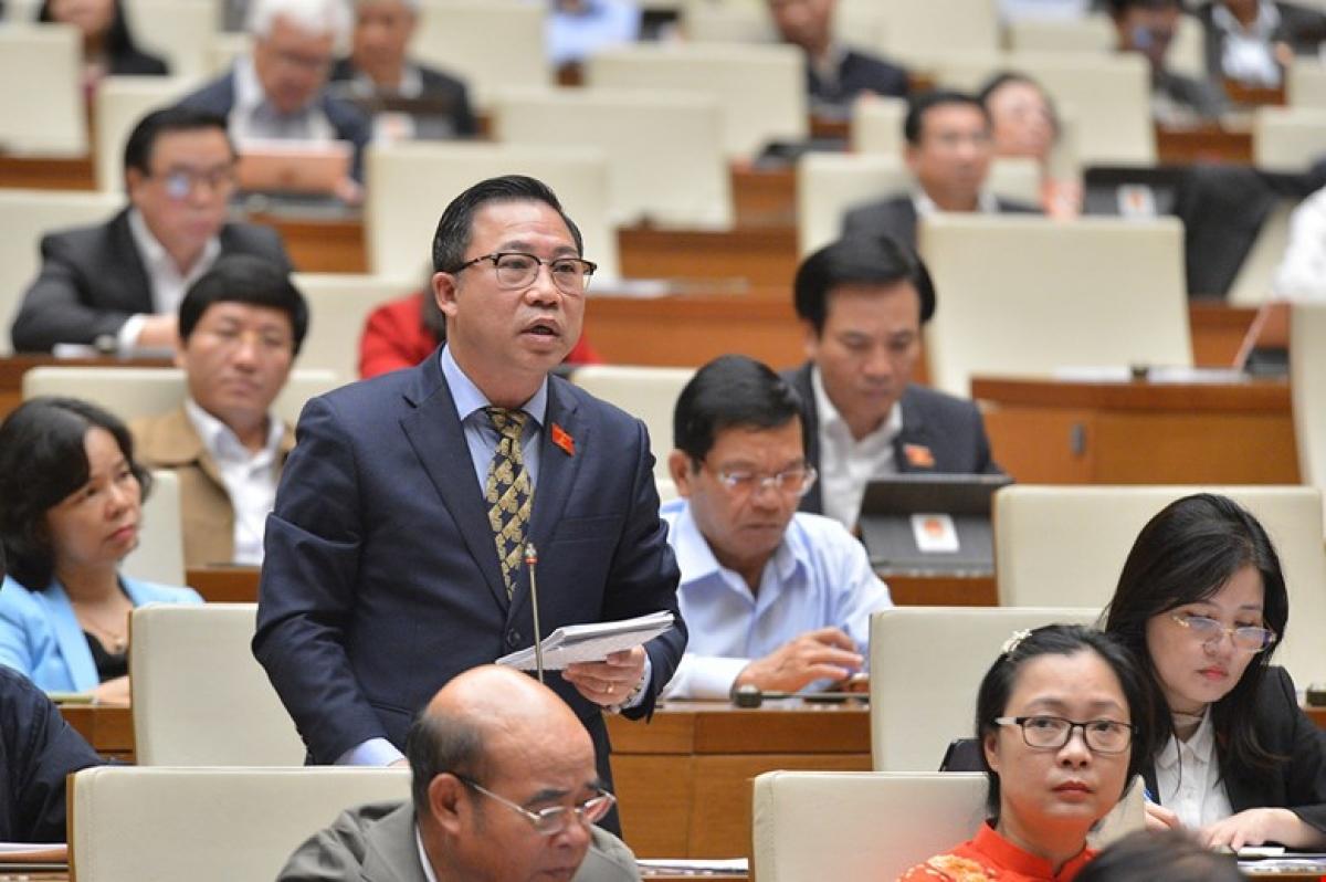 Đại biểu Lưu Bình Nhưỡng.