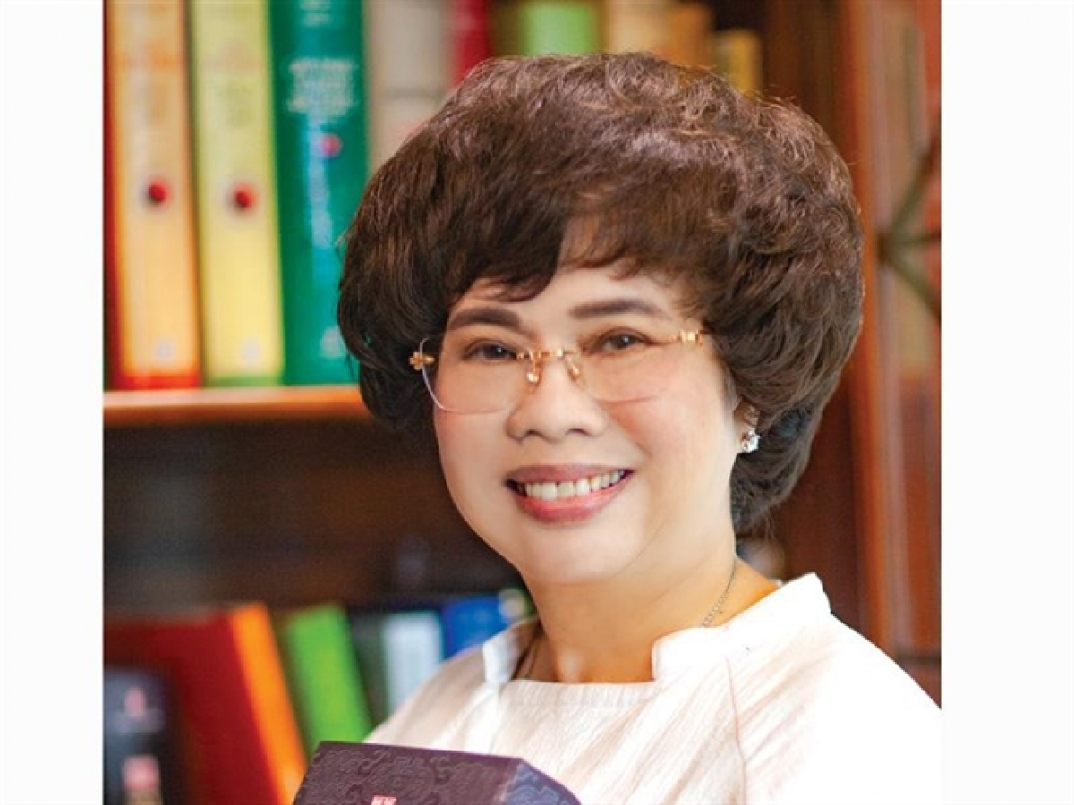 3. Thai Huong, director general of Bac A Bank and chairwoman of TH Group In her role as chairwoman of TH Group and the owner of the TH true MILK brand, Huong has been frequently named among the top 50 most powerful businesswomen in Asia as voted on by Forbes. In 2019 she received the ASEAN Empowering Women Award at the World Knowledge Forum.