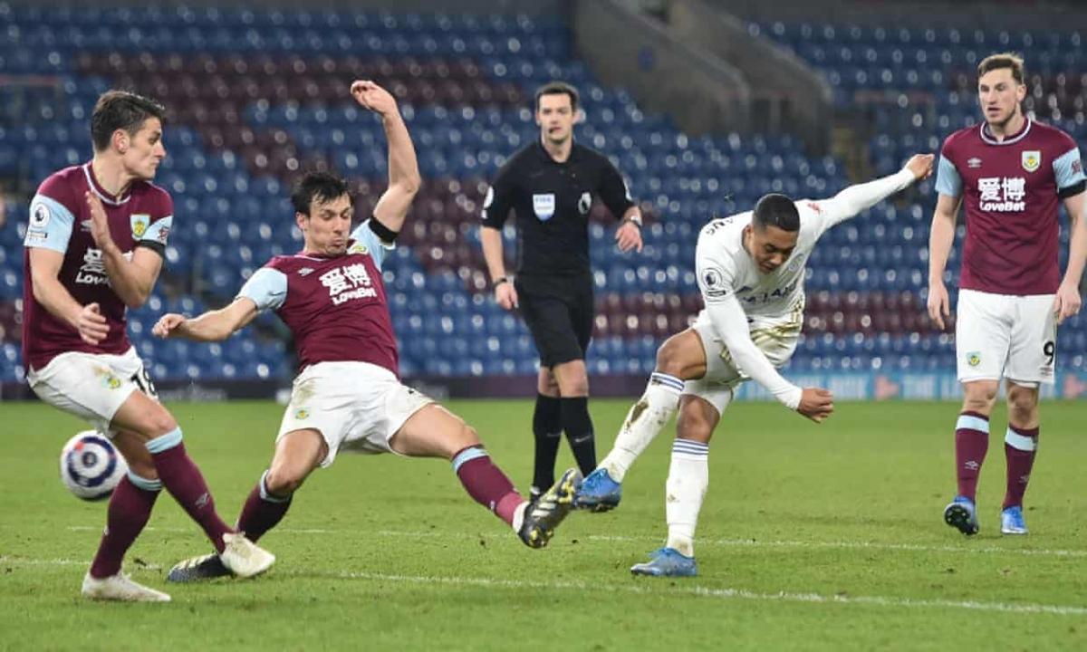 Burnley chiến đấu kiên cường trước đối thủ được đánh giá cao hơn.