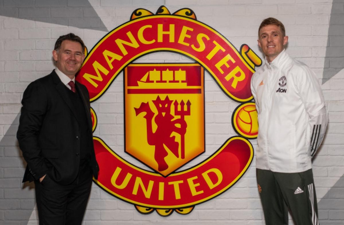 Cựu danh thủ Darren Fletcher (áo trắng) được bổ nhiệm làm Giám đốc kỹ thuật của MU. (Ảnh: Getty).