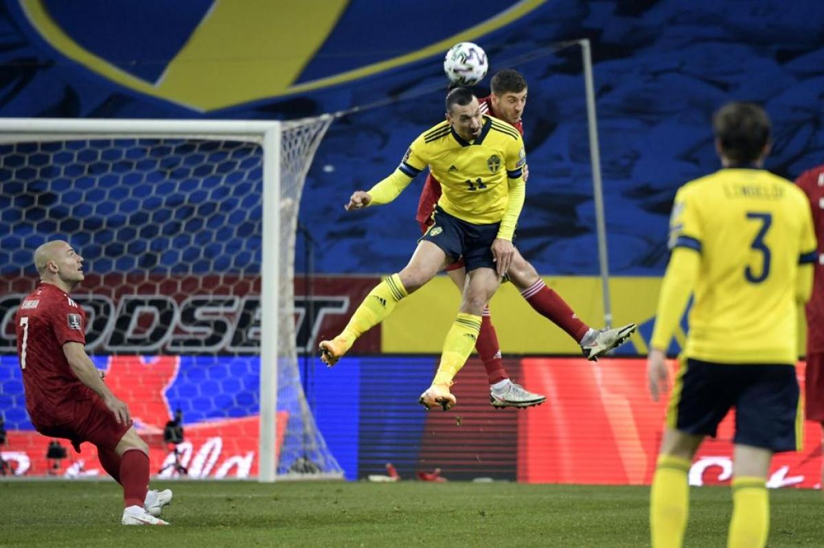 Ibrahimovic tỏa sáng ngay ngày trở lại ĐT Thụy Điển. (Ảnh: Getty).