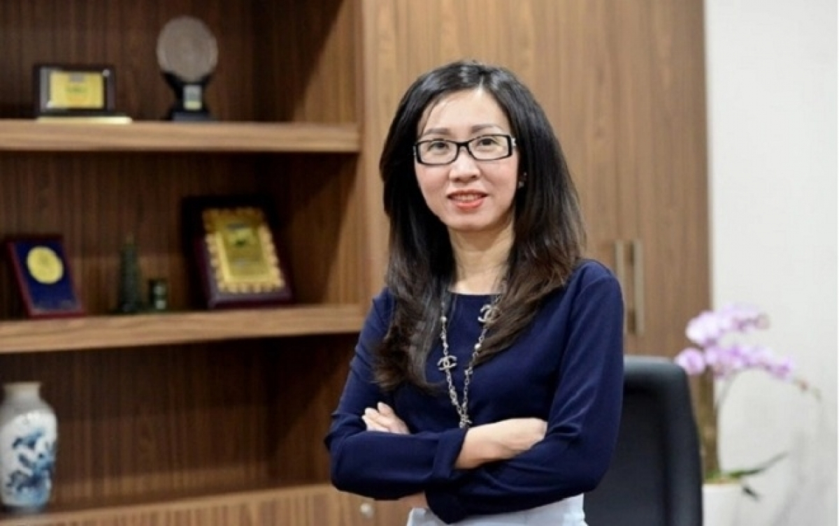 8. Tran Thi Le, NutiFood CEO, leading producer of nutrition products Tran Thi Le, CEO of NutiFood, was voted by Forbes as one of the 25 most powerful female entrepreneurs in 2019. In 2017, Forbes Vietnam also voted Le as one of the country's most influential women. She has helped to turn NutiFood into a famous Vietnamese producer of nutrition products in several major markets globally