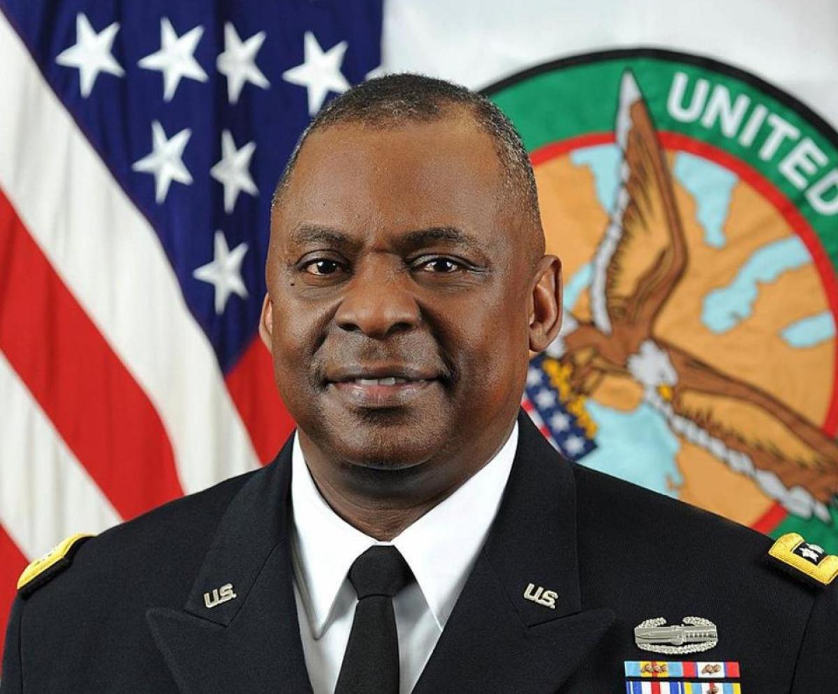 Bộ trưởng Quốc phòng Mỹ Lloyd Austin. Ảnh: Forbes.