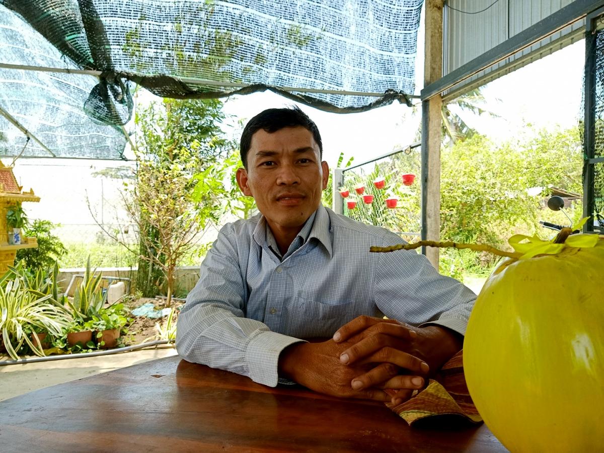 Nông dân Huỳnh Sa Rây.