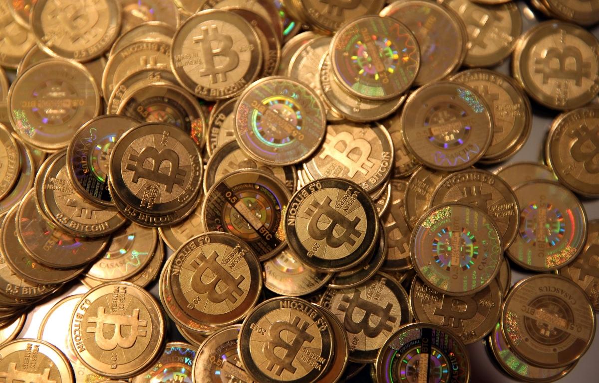 Bitcoin ngày càng phổ biến khi nhiều doanh nghiệp đầu tư vào tiền ảo.