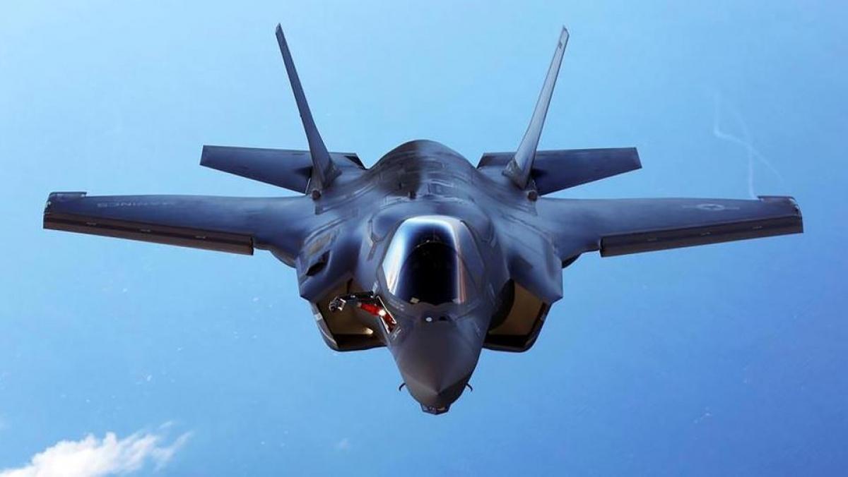 Nhật Bản thông báo kế hoạch mua 105 chiến đấu cơ F-35 từ Mỹ với chi phí là 23 tỷ USD. Ảnh: Reuters