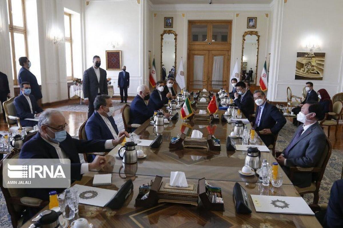 Iran và Trung Quốc ký hiệp ước hợp tác chiến lược 25 năm (Ảnh: IRNA)