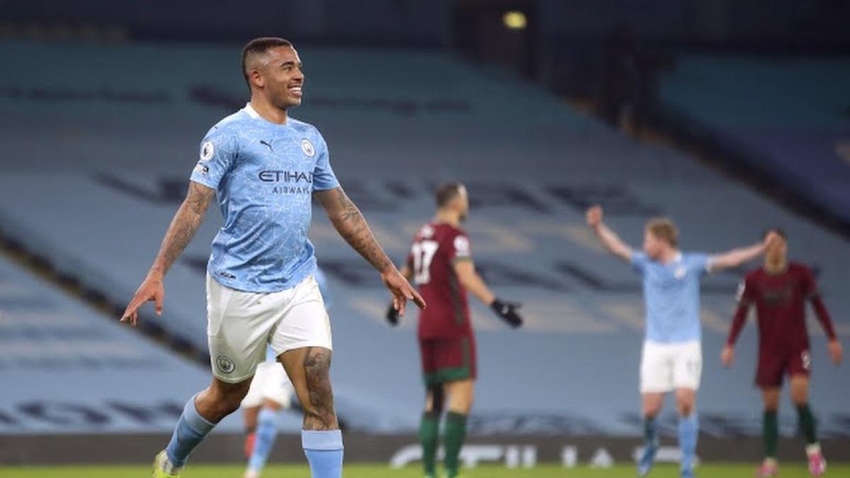 Man City thắng đậm Wolves (Ảnh: Reuters).
