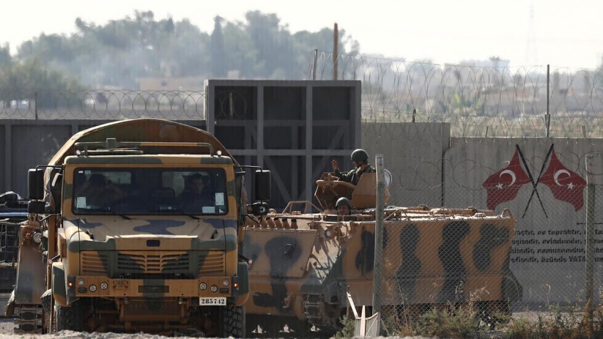 Thổ Nhĩ Kỳ không kích khu vực người Kurd ở Syria. Ảnh: RT