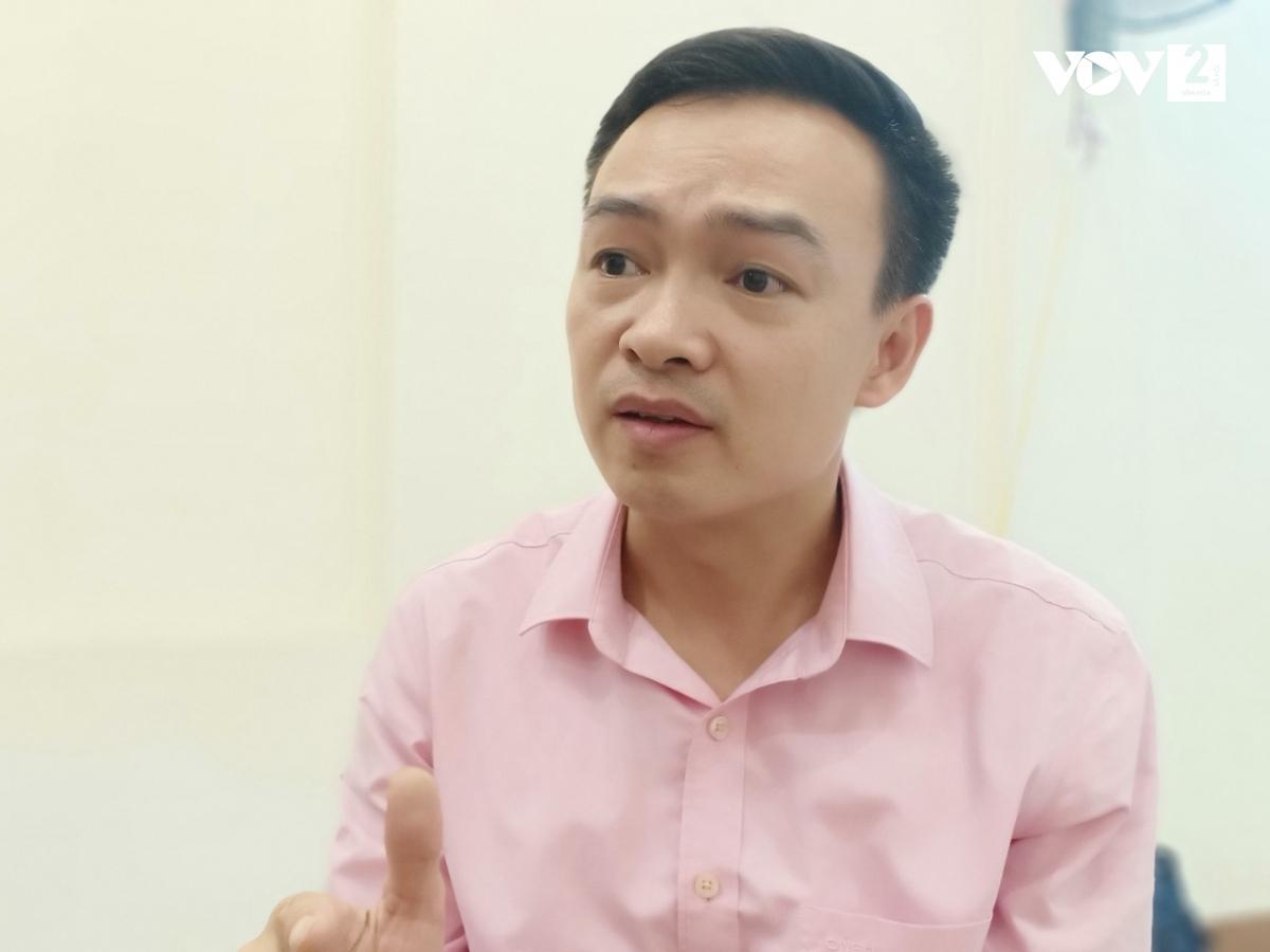 Thầy Trần Mạnh Tùng - giáo viên Trường THPT Lương Thế Vinh, Hà Nội