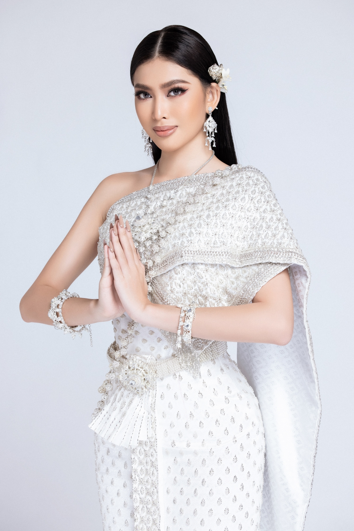 Thời gian qua, Á hậu Ngọc Thảo liên tục cập nhật những hoạt động trong ngày của mình tại cuộc thi Miss Grand International 2020. Điều đó khiến cho người mến mộ tại Việt Nam không khỏi hào hứng với với cuộc sống của cô nàng tại Thái Lan trước khi cuộc thi chính thức bắt đầu.