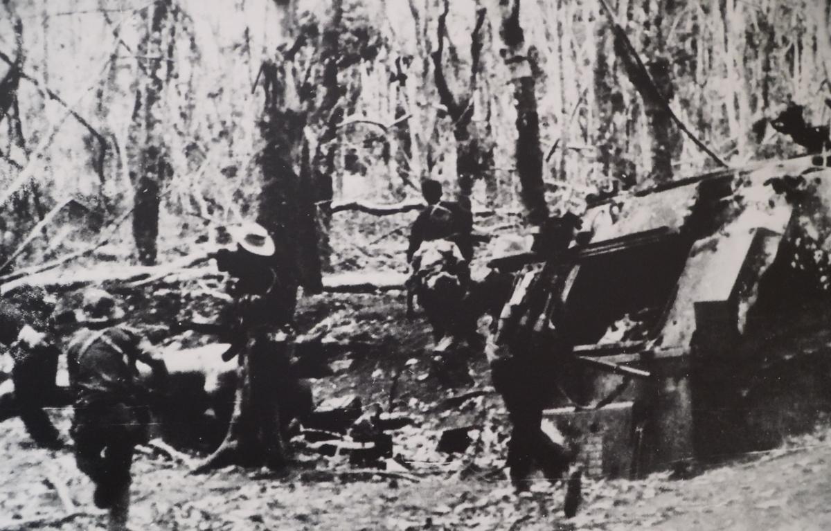 Quân tình nguyện Việt Nam phối hợp với bộ đội Campuchia tấn công căn cứ X'Nun, Đông Bắc Campuchia, năm 1970
