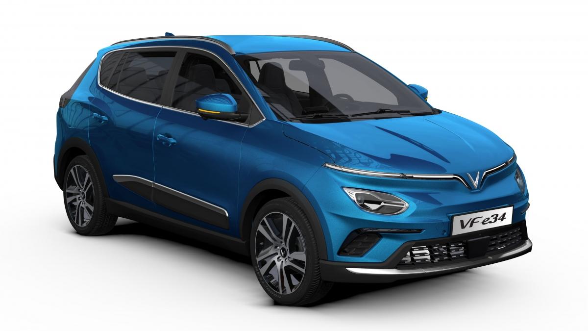 VF e34 là mẫu xe điện đầu tiên được thương mại hóa và bán chính hãng tại Việt Nam