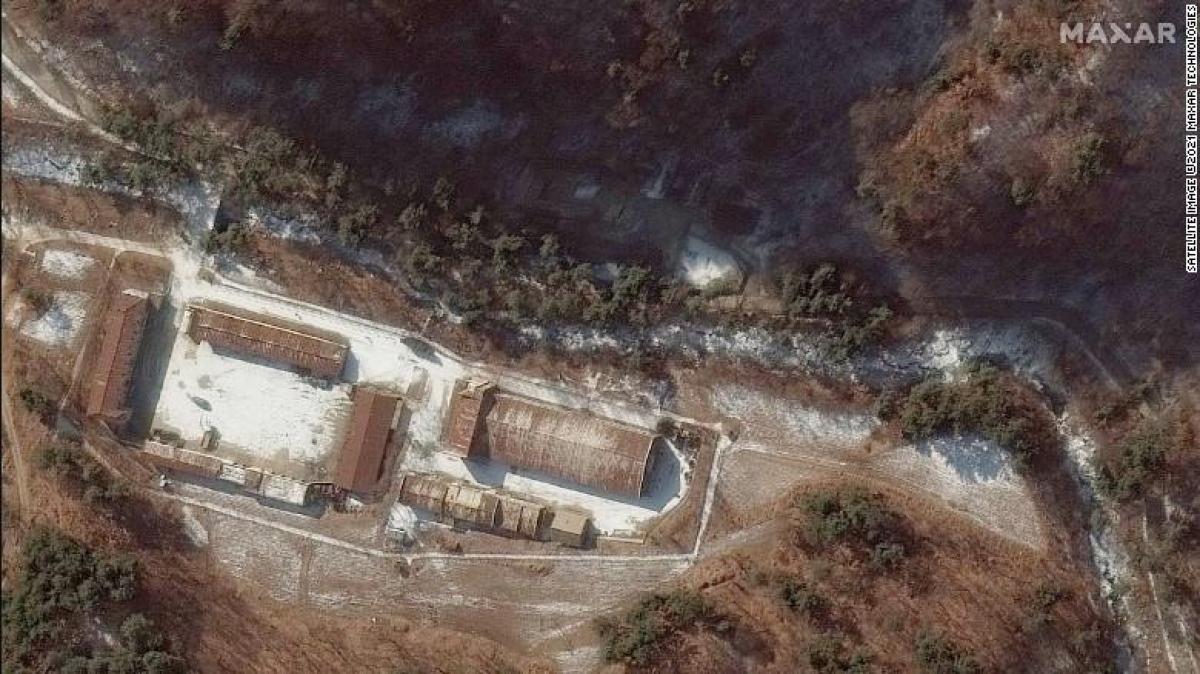 Lối vào đường hầm được nhìn thấy trên ảnh vệ tinh tháng 12/2019. Ảnh: Maxar