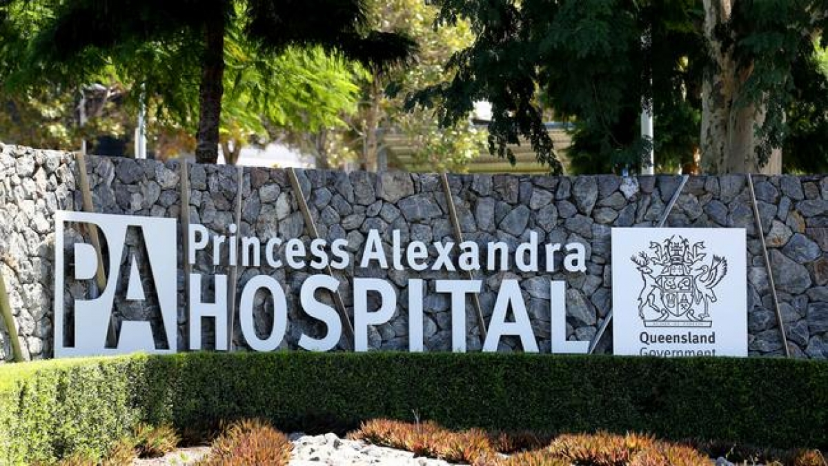 Bệnh viện Princess Alexandra tại thành phố Brisbane, Australia là nơi làm việc của bác sĩ bị lây nhiễm Covid-19. Ảnh: David Clark.