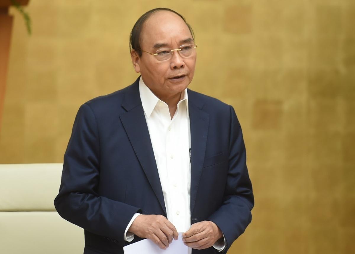 Thủ tướng phát biểu tại cuộc họp.