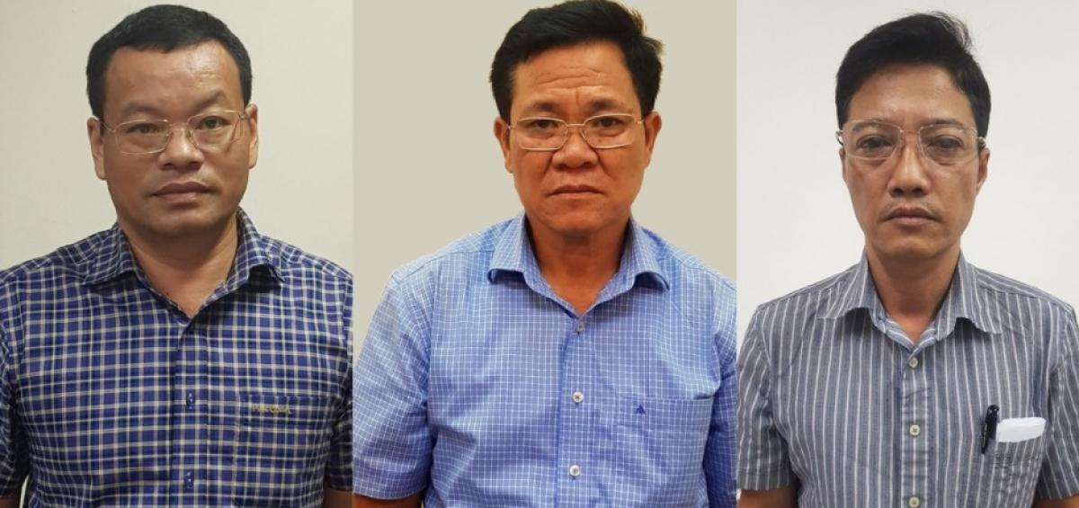 Cựu Phó tổng giám đốc VEC Nguyễn Mạnh Hùng (ngoài cùng bên trái) và đồng phạm của vụ án.