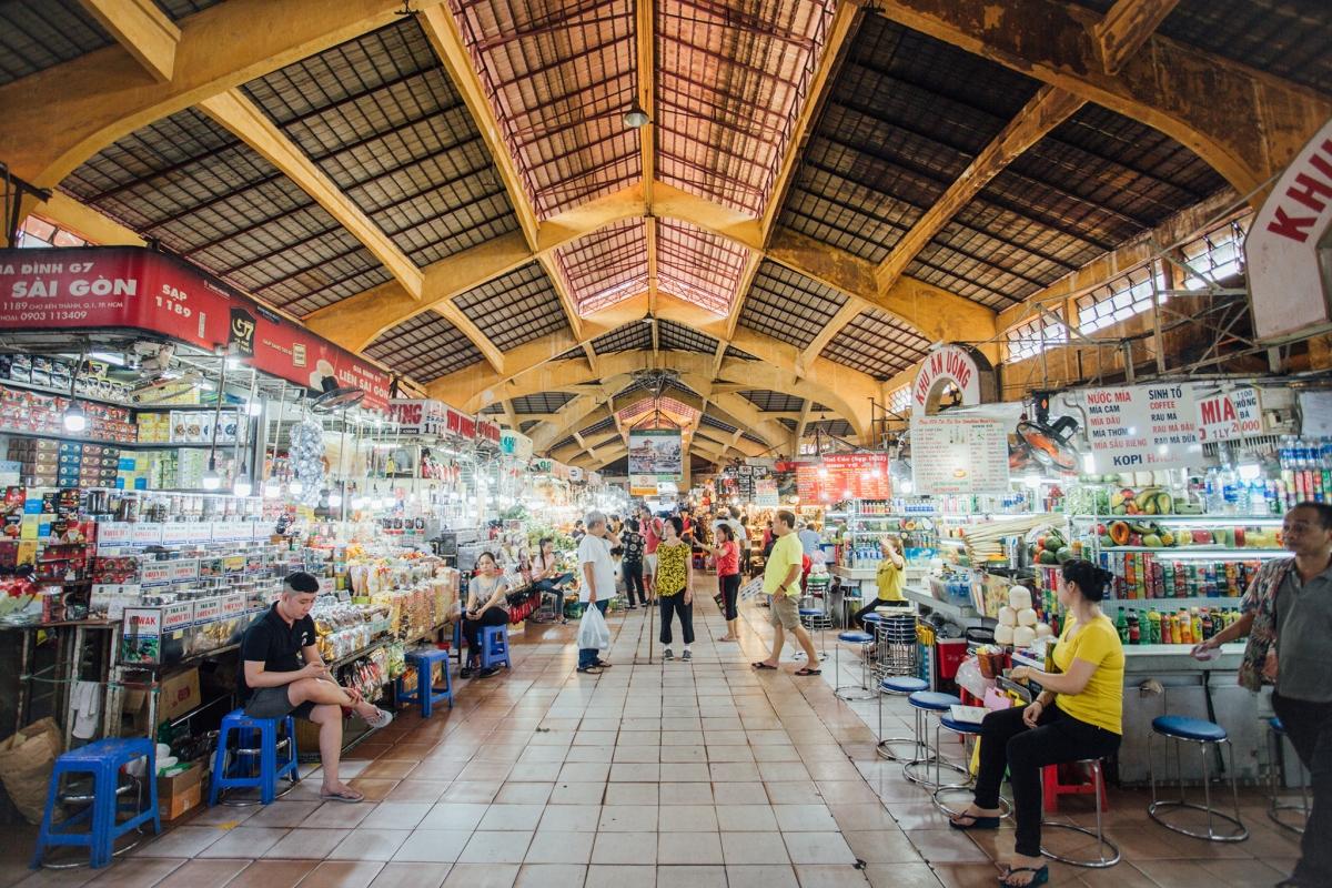 Chợ Bến Thành. Nguồn: Booking.com