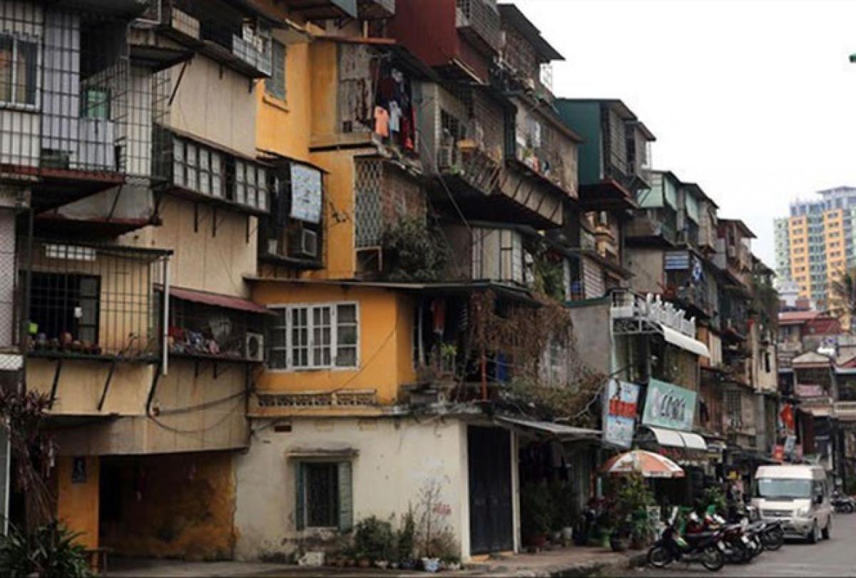 Chung cư Thành Công được đánh giá nguy hiểm cấp độ D nhưng sau nhiều năm vẫn chưa thể cải tạo