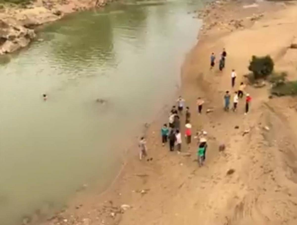 Hiện trường vụ đuối nước thương tâm. (Ảnh: Facebook)