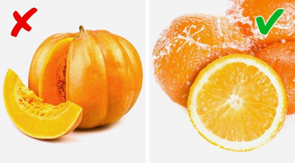 Trái cây họ cam, quýtcó mùi thơm tự nhiên và được cơ thể hấp thụ dễ dàng, do đó giúp bạn cải thiện mùi tổng thể một cách nhanh chóng.Trong khi đó,bí đỏcó chứa choline được chuyển hóa thành trimethylamine.Tích tụ trimethylamine trong cơ thể có thể gây ra mùi hôi cơ thể.