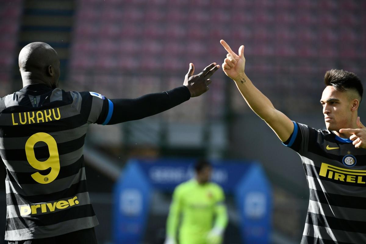 Pha lập công này giúp Romelu Lukaku vươn lên vị trí thứ hai trong cuộc đua Vua phá lưới Serie A khi có 18 lần sút tung lưới đối phương, kém 1 bàn so với Cristiano Ronaldo.