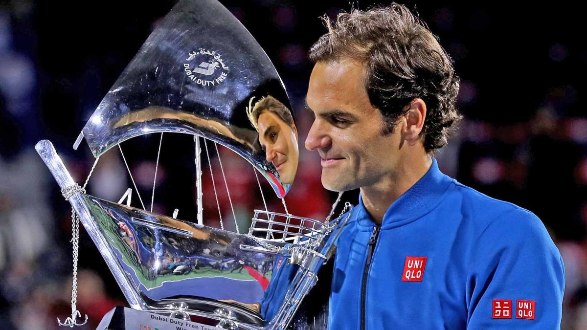 Ngày này 2 năm trước, Federer có được danh hiệu đơn nam thứ 100 trong hệ thống ATP. (Ảnh: Getty).