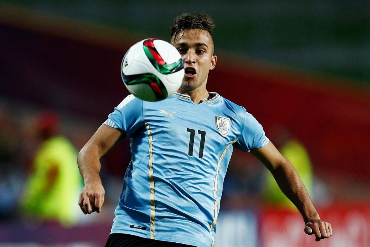 Franco Acosta chơi rất hay trong màu áo U20 Uruguay (Ảnh: Getty).