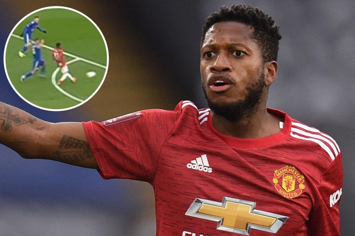 Fred bị phân biệt chủng tộc sau trận MU thua Leicester 1-3
