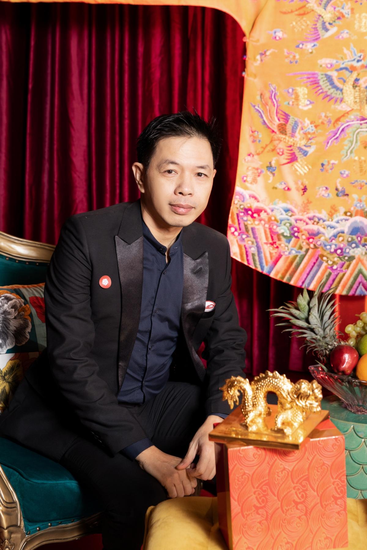 """Đây là lần hiếm hoi nam diễn viên """"Tiệc trăng máu"""" dự sự kiện ra mắt phim để ủng hộKaity Nguyễn - người mà Thái Hoà coi như con gái."""