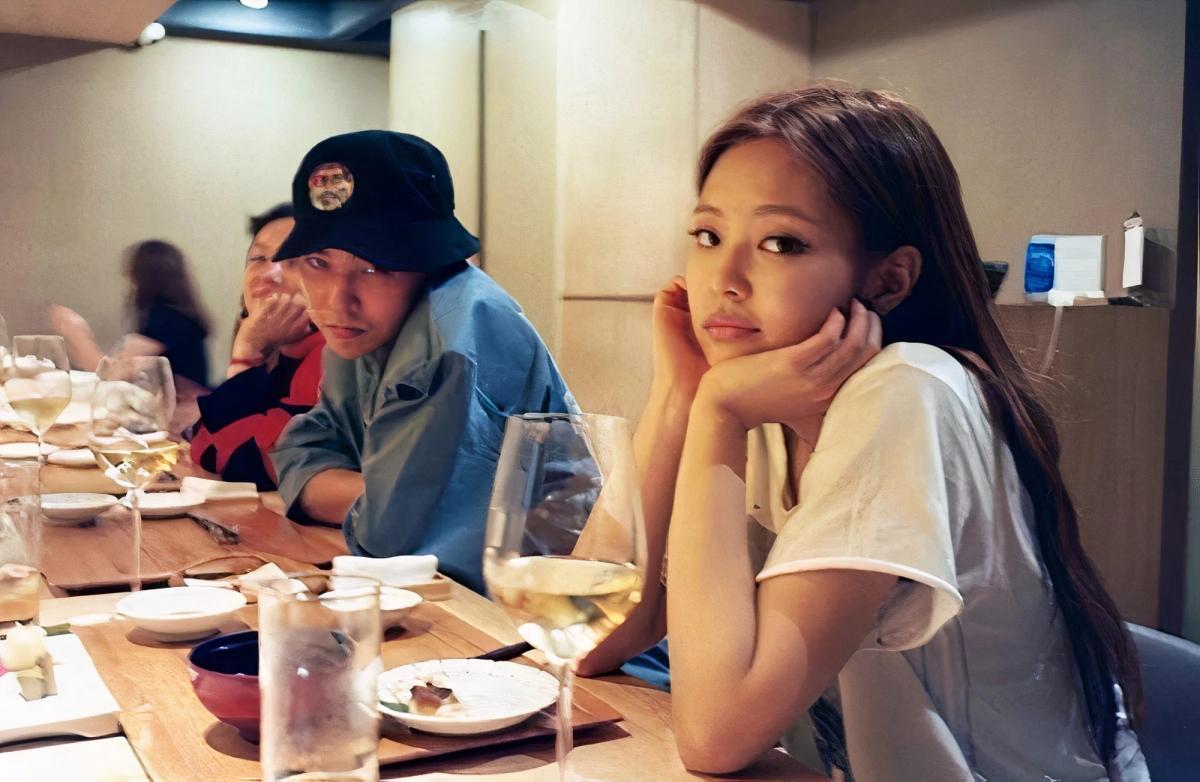 G-Dragon và Jennie không ít lần xuất hiện cạnh nhau. Nguồn: @peaceminusone/Instagram
