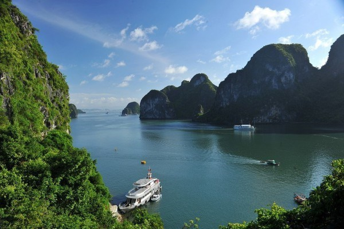 A view of Ha Long Bay (Photo: VNA)