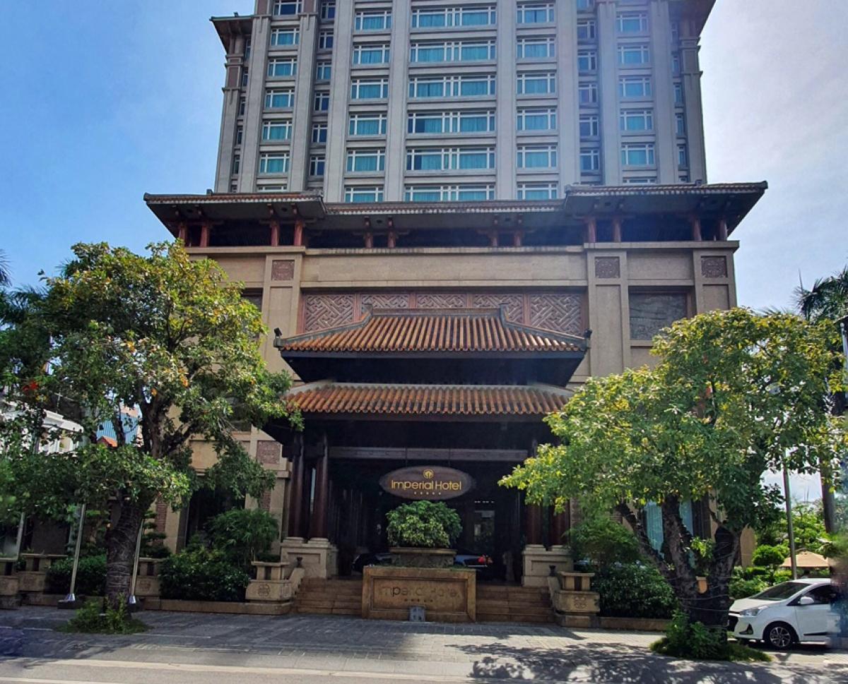 Công ty cổ phần Khách sạn Hoàng Cung chây ì không chịu thực hiện đàm phán với chủ nợ mới sau khi đã được các ngân hàng ở TP bán nợ xấu theo quy định của pháp luật.