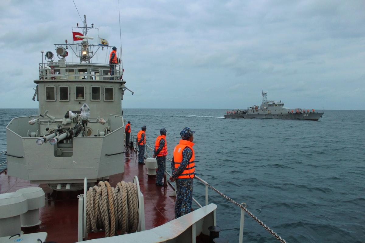 Hải quân Việt Nam và hải quân Campuchia tuần tra chung