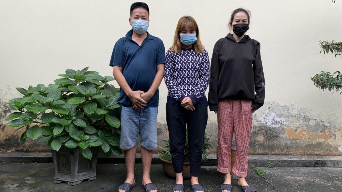 Các đối tượng Vũ Tiến Sỹ, Phạm Thị Dầu và Lò Thị Hòa (trái sang phải).