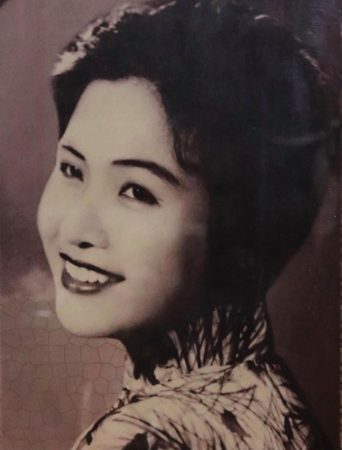Giọng ca nức tiếng Hà Thành một thời, NSƯT Lê Hằng đã qua đời (Ảnh: TL)
