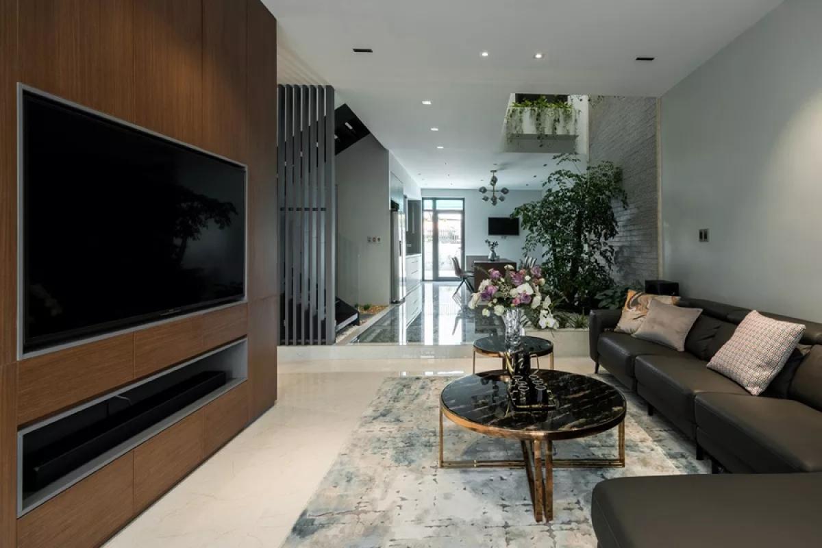 Kiến trúc và nội thất được thiết kế theo phong cách hiện đại, đơn giản.