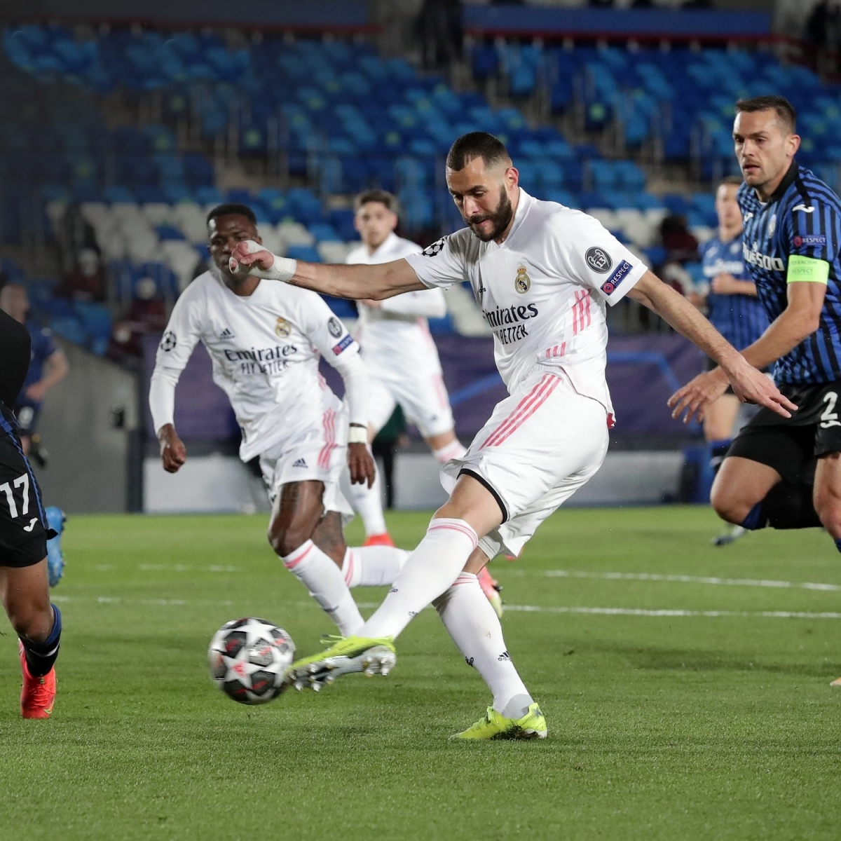 2. Real Madrid (TÂY BAN NHA) | Xếp hạng châu Âu: 4 | Thành tích tốt nhất: Vô địch x13 (1956, 1957, 1958, 1959, 1960, 1966, 1998, 2000, 2002, 2014, 2016, 2017, 2018) | Thành tích ở mùa giải trước: Vòng 16 đội (thua Manchester City)