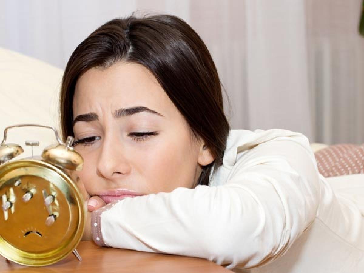 Cải thiện giấc ngủ: Xông hơi với thảo dược trước khi đi ngủ giúp xoa dịu các giác quan và hỗ trợ điều trị chứng mất ngủ.
