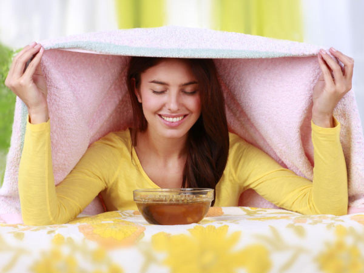 Túi lọc trà: Nếu bạn không có tinh dầu hoặc thảo mộc, bạn có thể sử dụng hai túi lọc trà cho một ấm nước. Hãy ngâm túi lọc trong vòng 15 phút rồi lấy ra khỏi ấm nước.
