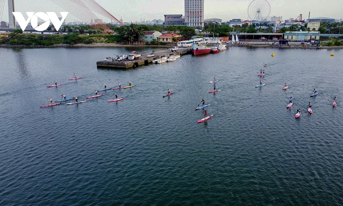 Stand-up paddle boarding, also known as SUP, is a water sport that is becoming increasingly popular among water sport enthusiasts globally, including those from Da Nang.