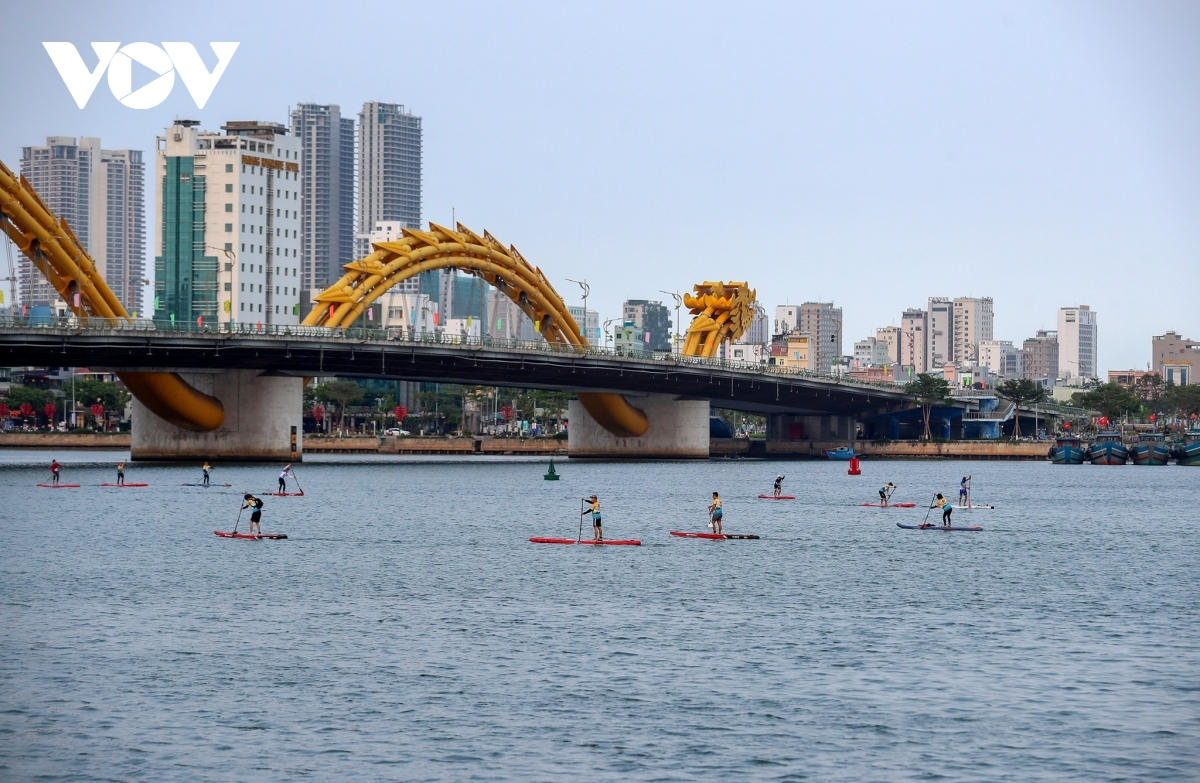 Here are some photos of the Da Nang SUP Race 2021: